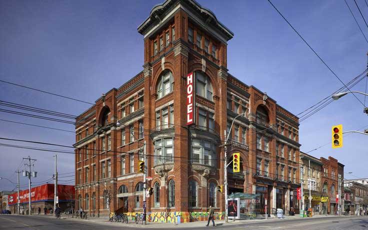 Gladstone-Hotel-Exterior-Victorian-Toronto2-990x461