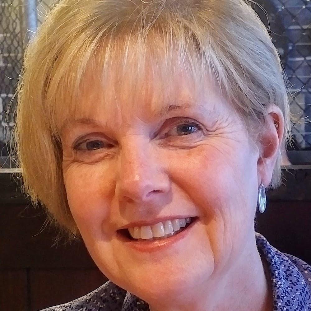 Carolyn MacGregor